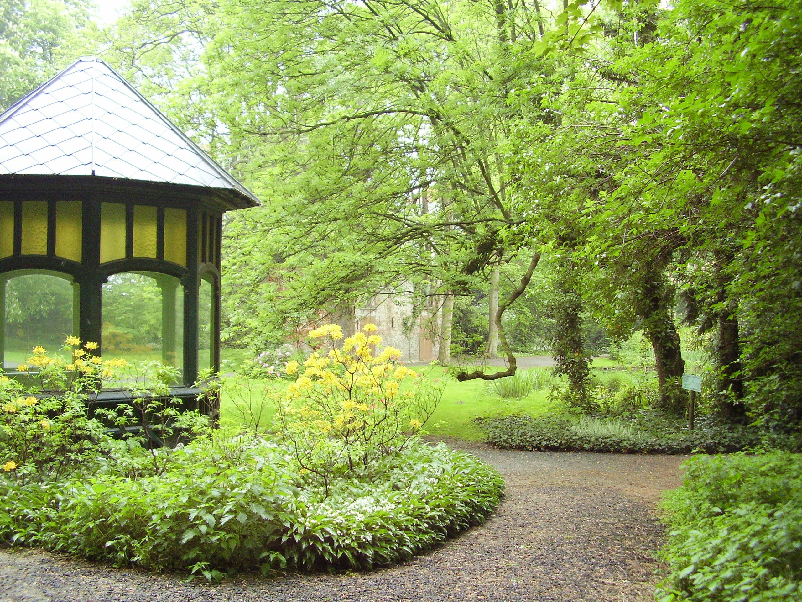Choisir les supports de jardin deco in for Choisir plantes jardin